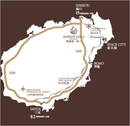 """公园设计以中西经典风格建筑相结合,以中国福建客家围屋为设计灵感,矿温泉迎宾大堂和水疗主楼是园区的重心和亮点。火山岩矿温泉项目是主题公园规模最大的区域,面积达44,000平方米。共设有150个冷、热泉汤池及99个流水景观,取自地底深达800米的天然泉水,自然水温在15至43之间,蕴含多种保健功效的天然矿物成份,水质获英国国际水质研究所认证。 长达500米的全竹结构的""""龙脊长廊""""连通着各个风格不同、功能各异的主题区。亚洲区""""热带东方""""、""""东方禅意&"""